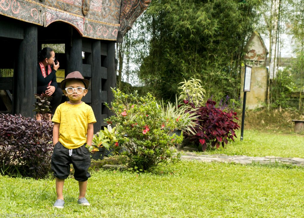 Indonesia, Lake Toba, Boy