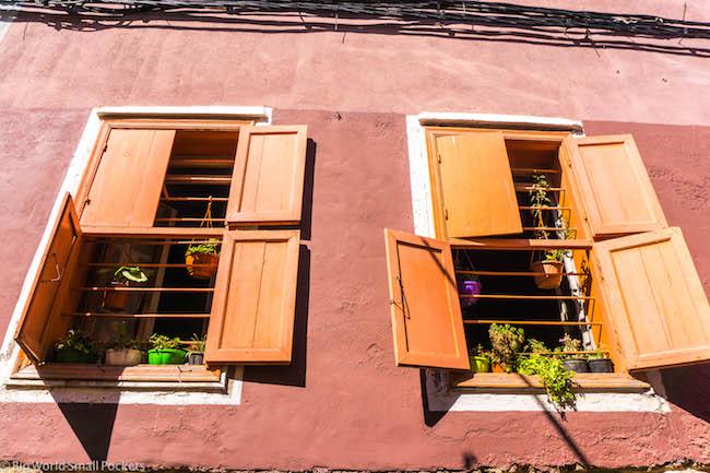 Lebanon, Sour, Windows