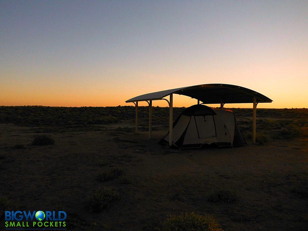 Australia, Lake Eyre, Camp