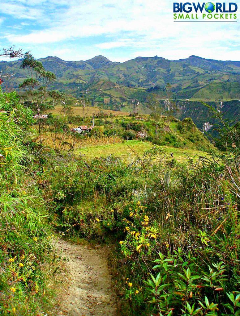 Walking Quilotoa