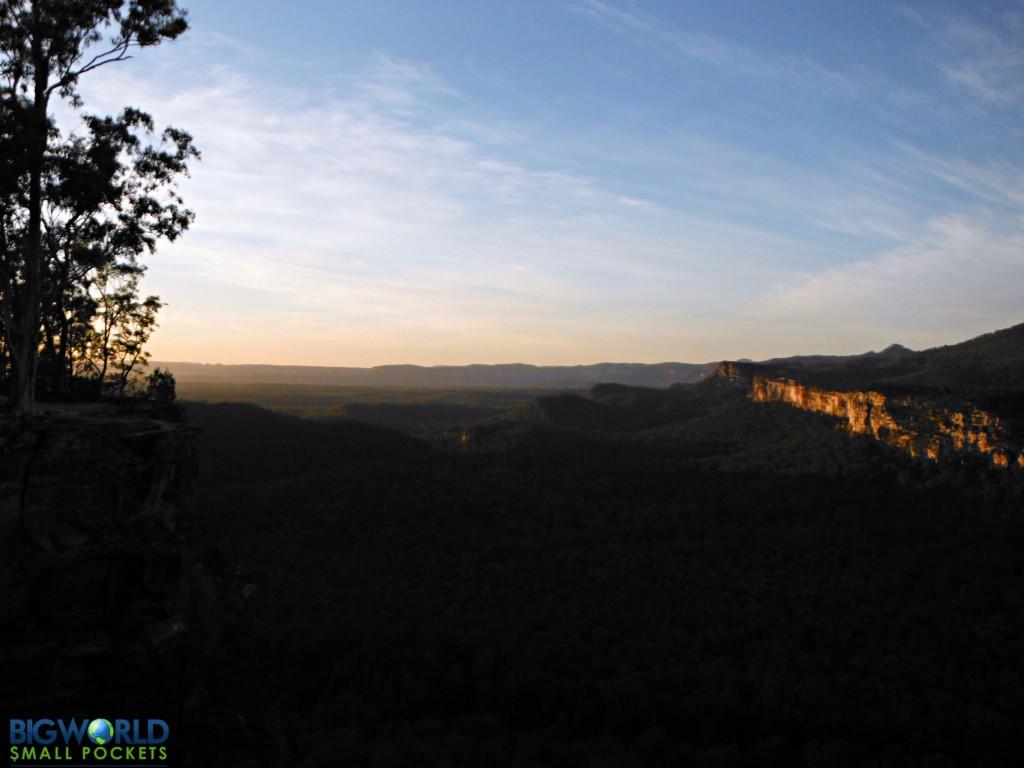 Carnarvon Gorge first light
