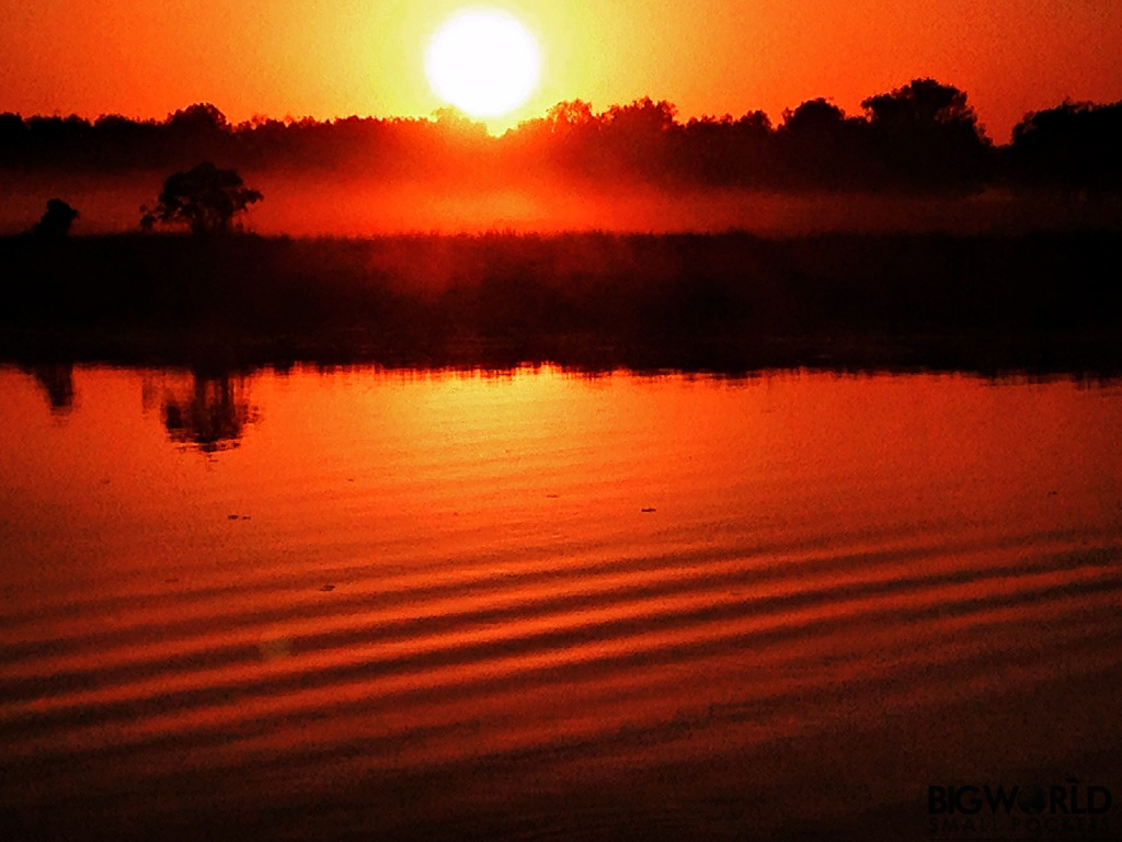 sunrise-yellow-water