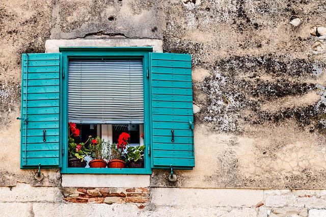 Croatia, Window