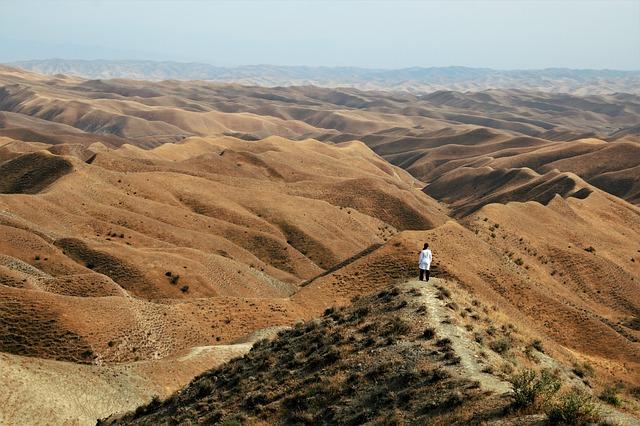 Iran, Golestan, Woman in Desert