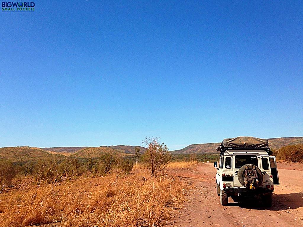 Australia, Outback, Landie on the Tour