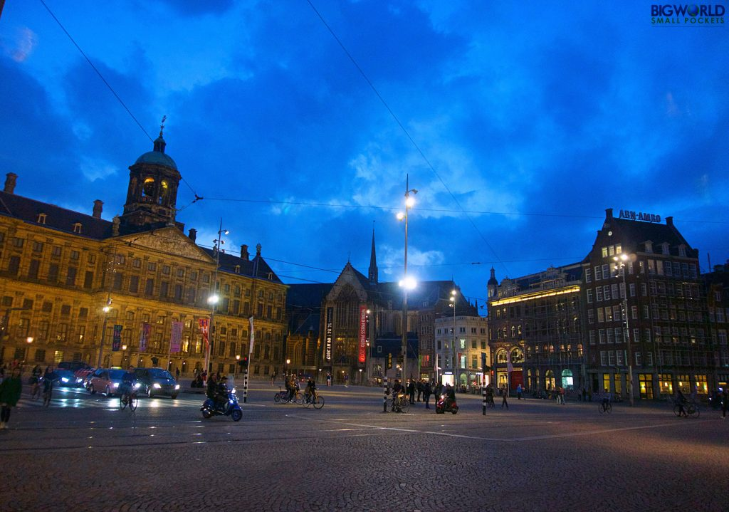 Top 10 free things to do in amsterdam big world small for Dam in amsterdam