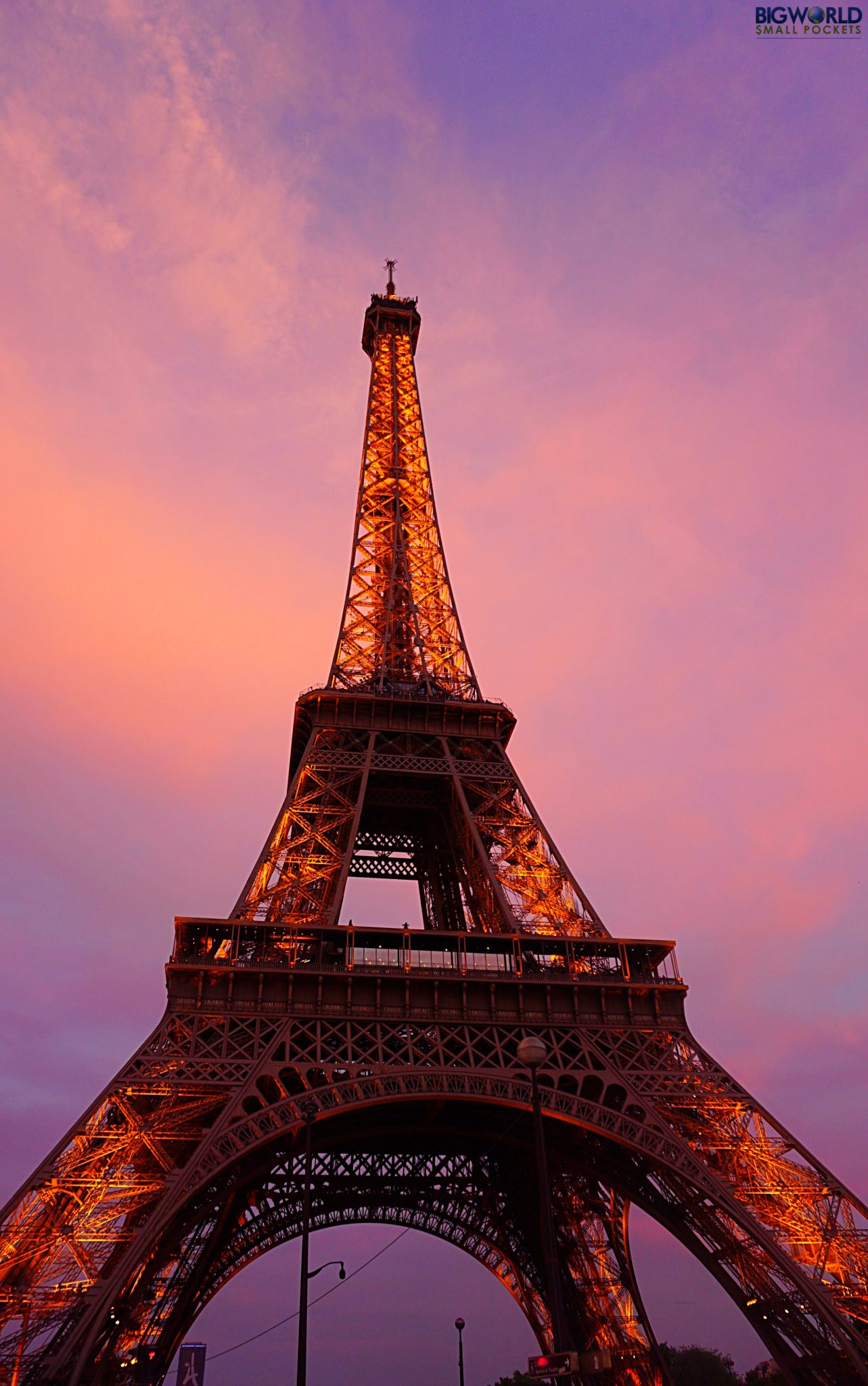 Top 10 free things to do in paris cost free attractions for Places to stay near eiffel tower