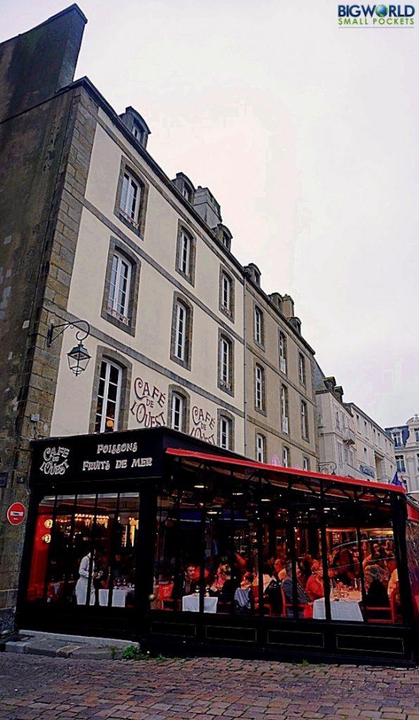 France, St Malo, Restaurant
