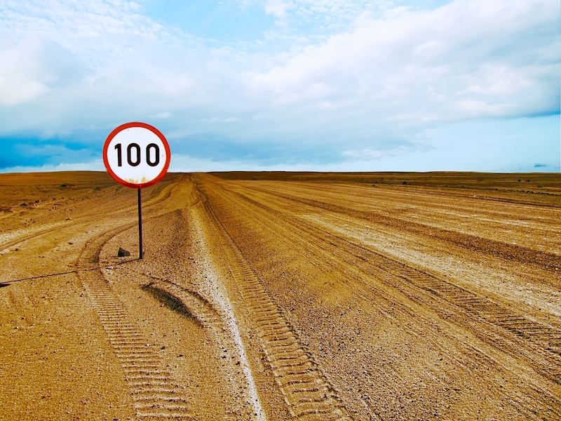 100, Road Sign