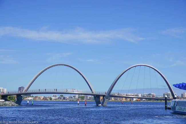 Border Crossing, Perth Bridge