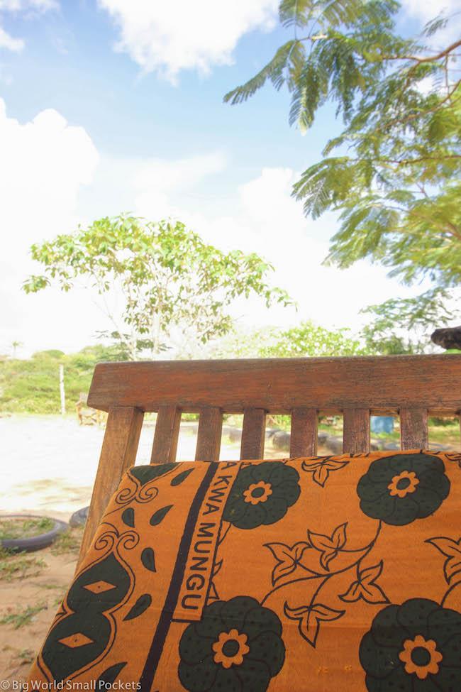Kenya, Distant Relatives, Chair