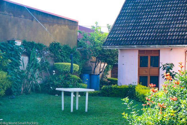 Uganda, Kisoro, Rafiki Guest House Garden