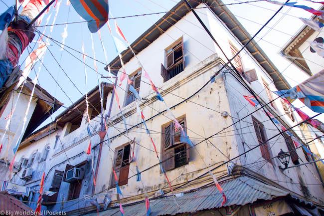 Zanzibar, Stone Town, Jaws Corner Flags