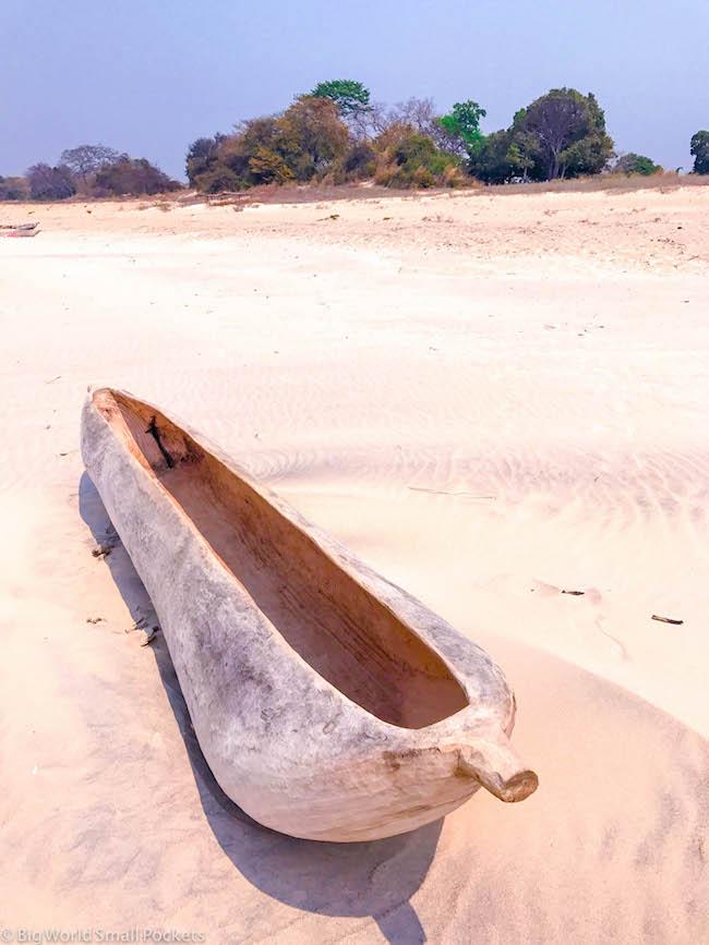 Malawi, Lake Malawi, Canoe