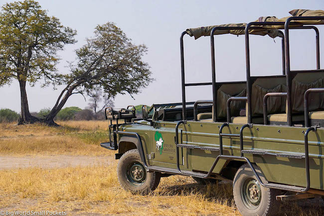 Zimbabwe, Hwange NP, Safari Vehicle
