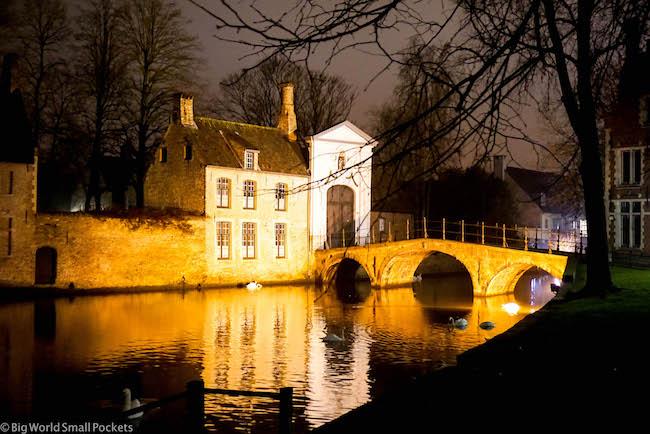Belgium, Bruges, Minnewater