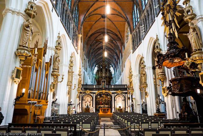 Belgium, Bruges, Onze-Lieve-Vrouwekerk