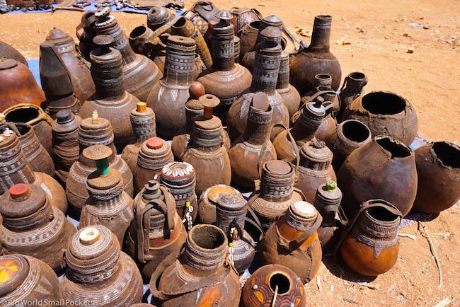 Ethiopia, Omo Valley, Pottery