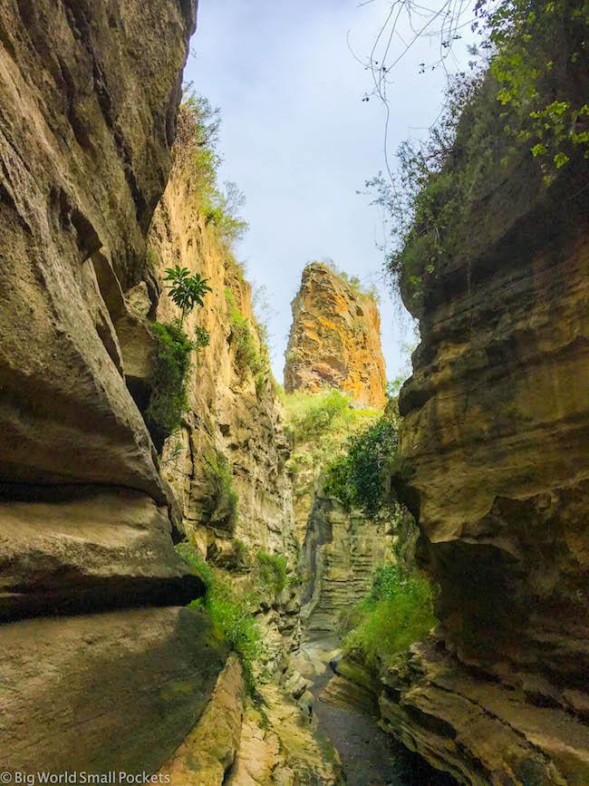 Kenya, Hells Gate NP, Gorge Stream