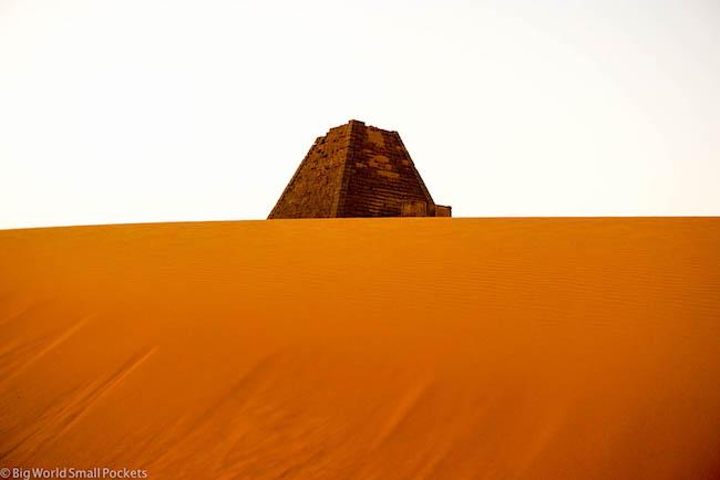 Sudan, Meroe, Sund Dune and Pyramid