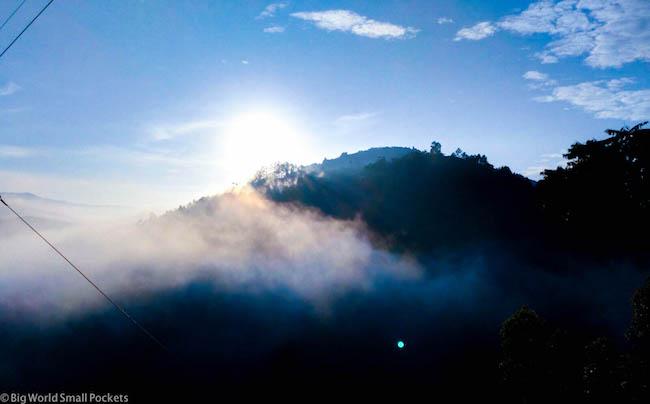 Uganda, Bwindi, Clouds