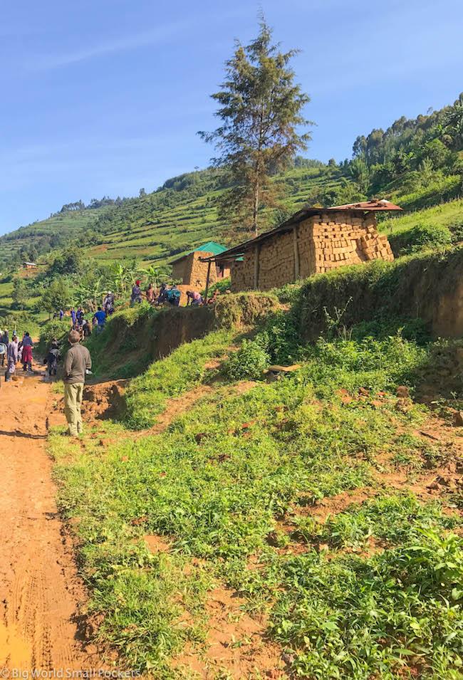 Uganda, Bwindi, Road