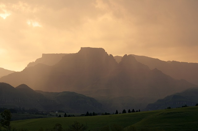 South Africa, Drakensberg, Sunset
