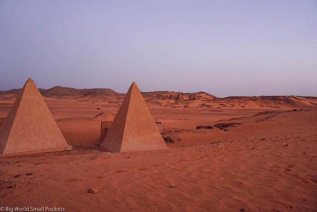 Sudan, Meroe, Pyramids in Sand