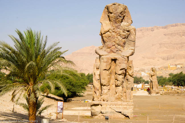 Egypt, Luxor, Colossal of Menmon