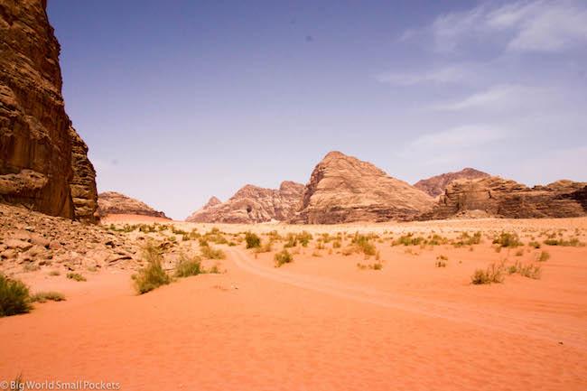 Jordan, Wadi Rum, Desert Scene