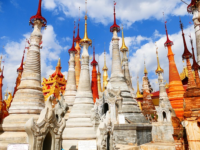 Myanmar, Stupas, Colourful
