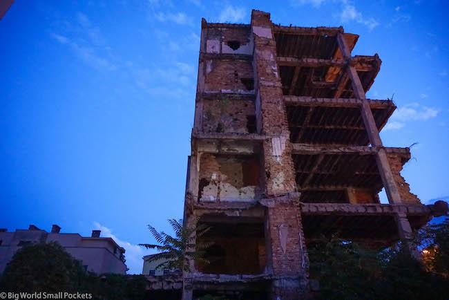 Bosnia, Mostar, Building