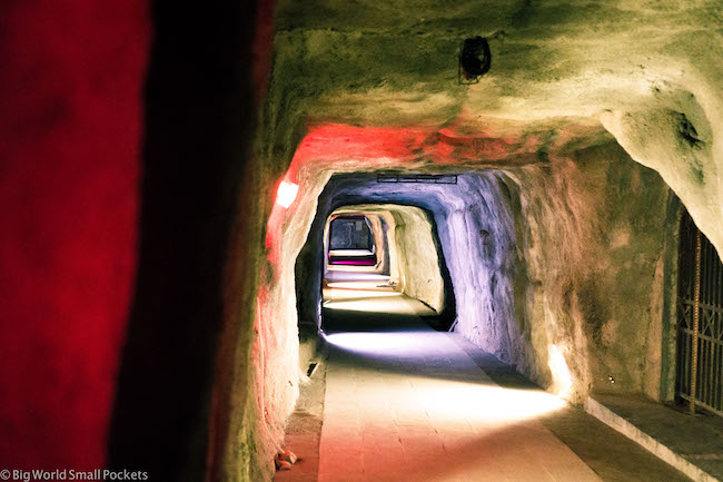 Indonesia, Bukittinggi, War Tunnels