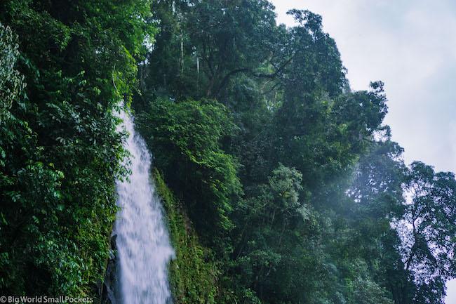 Indonesia, Bukittinggi, Waterfall