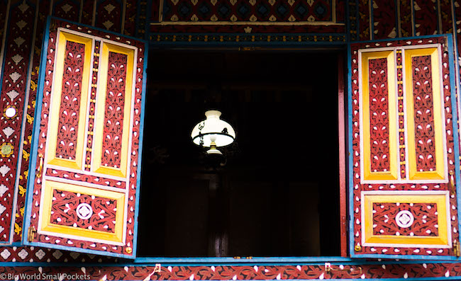 Indonesia, Bukittinggi, Window