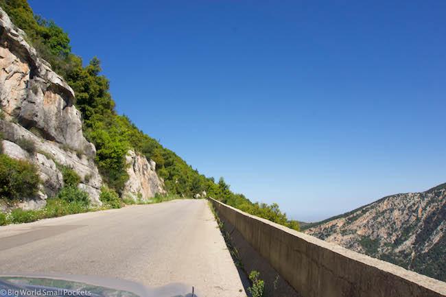 Lebanon, Cedars, Road