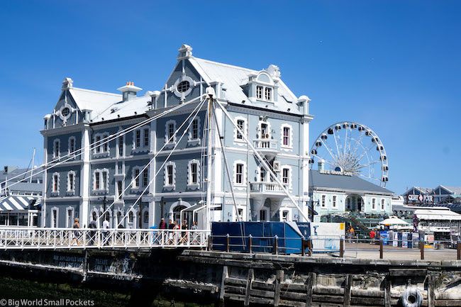 South Africa, Cape Town, Waterfront Views