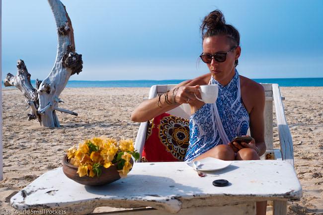 Mozambique, Barra Beach, Cafe