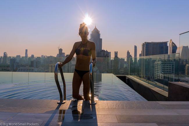 Bangkok, Ibis Styles Sukhumvit 4, Me in Pool
