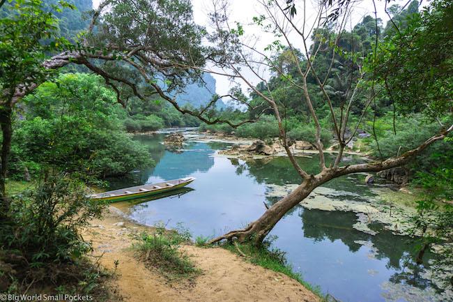 Vietnam, Tam Coc, Boat