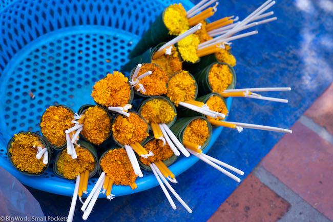 Laos, Luang Prabang, Offerings