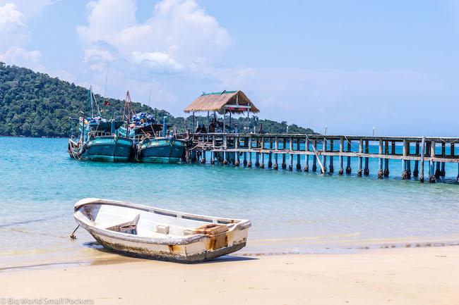 Cambodia, Koh Rong Sanloem, Boat on Beach