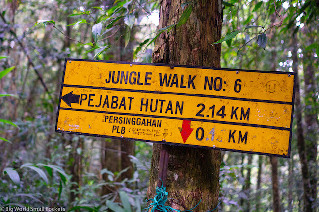 Malaysia, Cameron Highlands, Hiking Sign