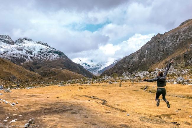 Peru, Huascaran National Park, Laguna 69 Trek