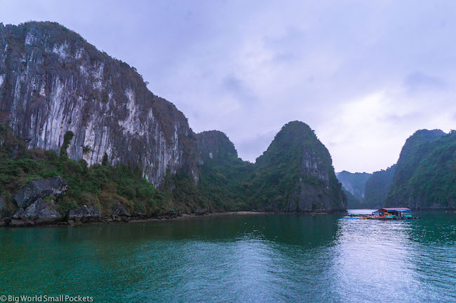 Vietnam, Lan Ha Bay, Limestone