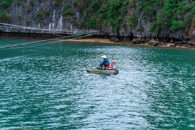Vietnam, Lan Ha Bay, Local