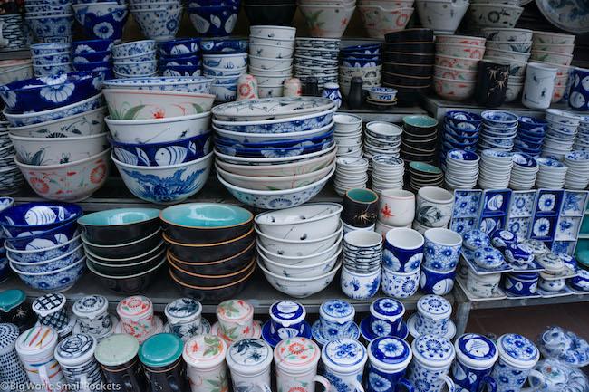 Vietnam, Market, Bowls