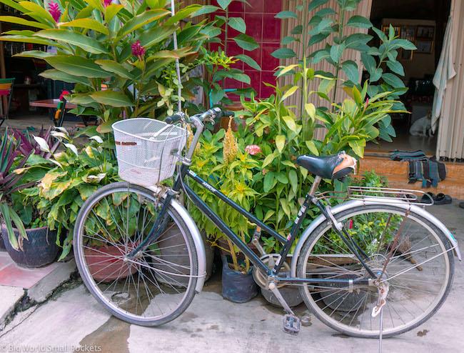 Cambodia, Kampot, Bicycle
