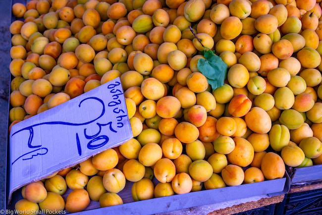 Georgia, Market, Apricots