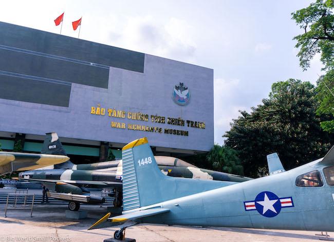 Vietnam, HMCM, War Remants Museums